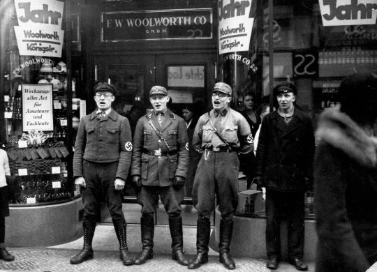 nazi-woolworth